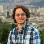 Ingeniero egresado de la Universidad Nacional Experimental Rafael María Baralt. Oriundo de Coloncito, estado Táchira. Director de Medios y Comunicaciones de la Fundación Juntos Se Puede. Venezolano.